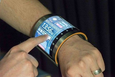 First wrist-worn OLCD wearable device